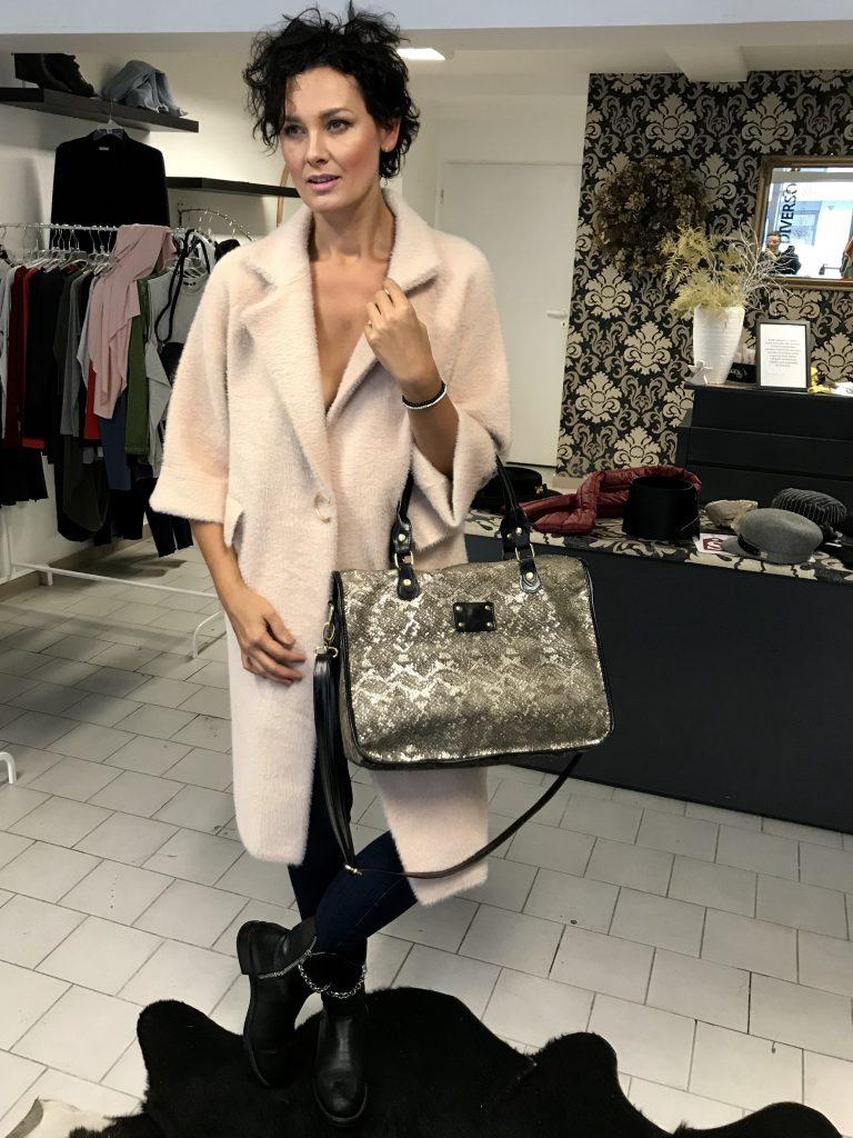 Krásný novinky v butiku Italská móda – Diverso!  72fc16791b