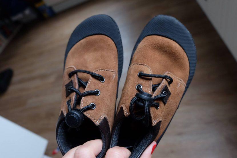 """Co to tedy vlastně """"barefoot"""" je  Zeptala jsem se na to přímo Nadi – která  právě všemu okolo """"barefoot"""" rozumí. Barefoot boty mají co nejvíce  napodobovat ... 50d5b50584"""